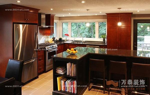 厨房橱柜没有太多造型设计