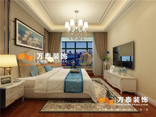餐廳: 臥室: 主臥室的設計采用暖色調,暖色的墻漆會顯得房間更加溫馨