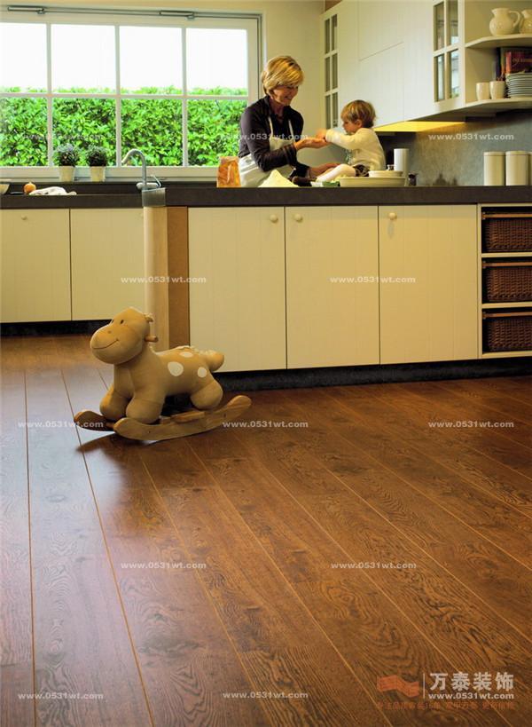如何安装木地板?_瓷砖地板