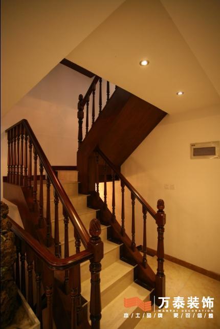 重新做实木楼梯的