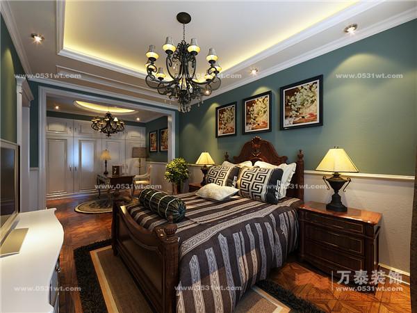 复式装修设计 230平 新中式风格装修实景图设计对比 装修地址:蓝天绿园 类型:复式 面积:230 装饰预算:65万(基础装修5.5万、建材18万、软装10万、家具34.5万) 装饰风格:简中(配套中式家具) 专业评价:作品效果十分不错,通过家具风格来选择确定客户的家居风格,空间改造效果不错,软装配饰的搭配也十分合理。 施工前与完工实景后对比:                              更多装修作品请关注:万泰装饰官网