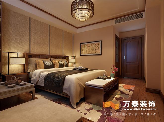 而两侧是小书架,让卧室更加多功能化,后期设计完,屋主非常喜欢.