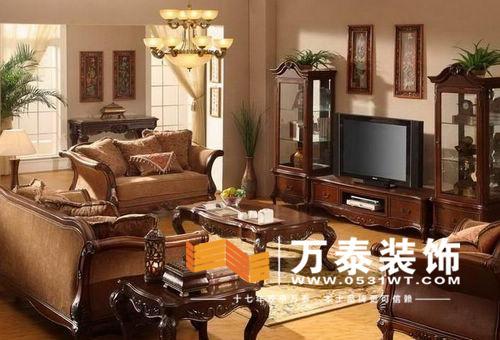 欧式实木电视柜:深色电视组柜