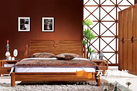 济南家具导购:现代中式实木床